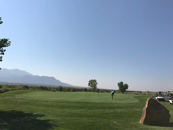 Twin Warriors Golf Club: photo1.jpg
