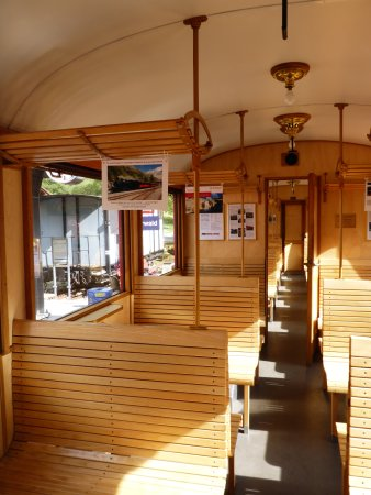Dampfbahn Furka Bergstrecke: 2. Klasse