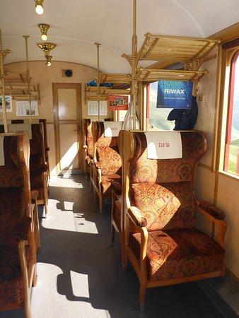 Dampfbahn Furka Bergstrecke: 1. Klasse