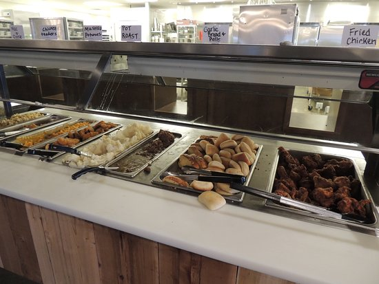 What S On Buffet At Emzara S Kitchen