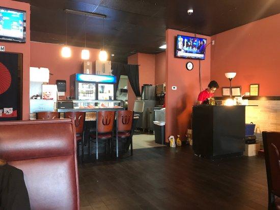 Sriracha restaurant 5751 nolensville pike in for Dining in nolensville tn