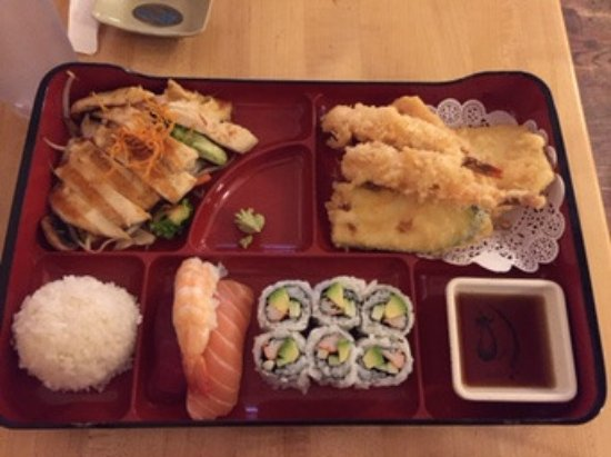 Amherst, MA: NOMS!