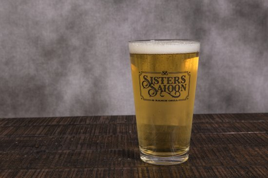 Sisters, OR: Enjoy a cool pint in The Saloon