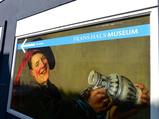 Musée Frans Hals : Alley sign to museum