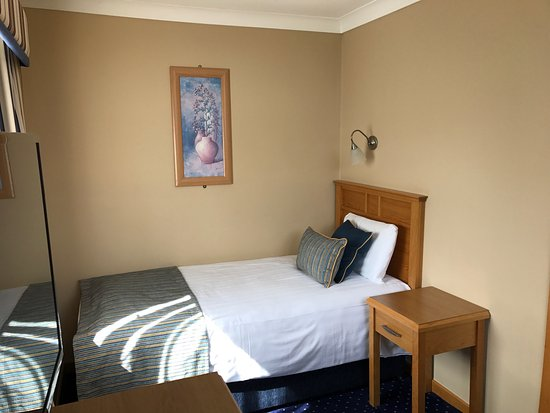 Rochestown Lodge Hotel & Spa: Room