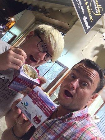 Chillbox Frozen Yogurt & Juicy Spoons: photo0.jpg