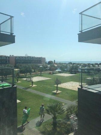 Vila Gale Lagos: widok w windy na basen