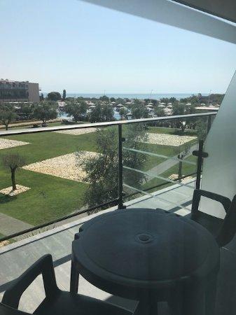 Vila Gale Lagos: widok z pokoju ( widok na morze dość słaby)