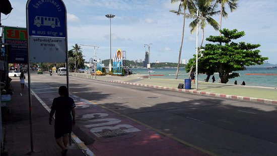 Basaya Beach Hotel & Resort: the street in front of the hotel back entrance that facing the beach area