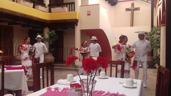 Hotel San Marcos: desayunando : )