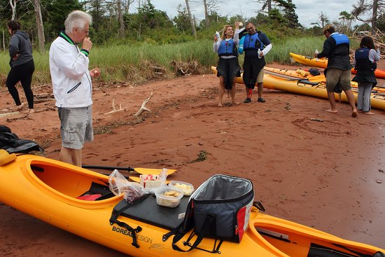 By The Sea Kayaking : we stopped for a snack