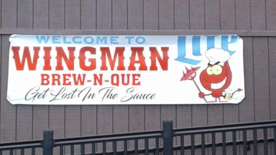 Lewistown, Pensylwania: Wingman Brew N Que
