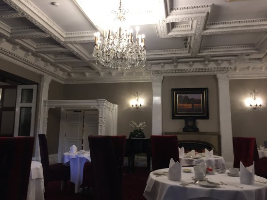 The Killarney Park Hotel: Hotel breakfast room
