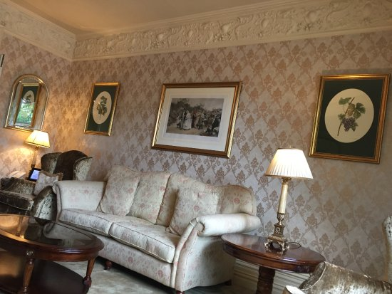 The Killarney Park Hotel: Killarney Park sitting room
