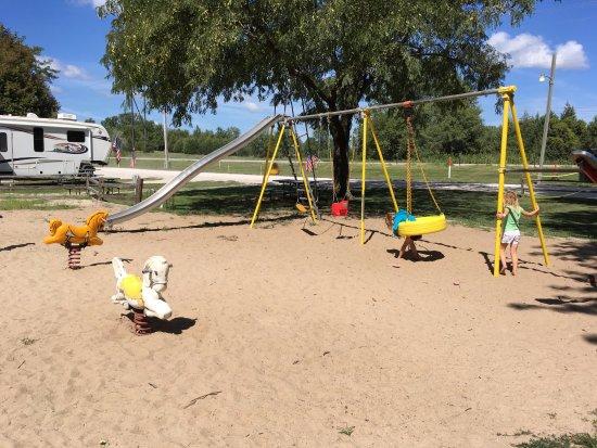 Gretna, NE: Playground