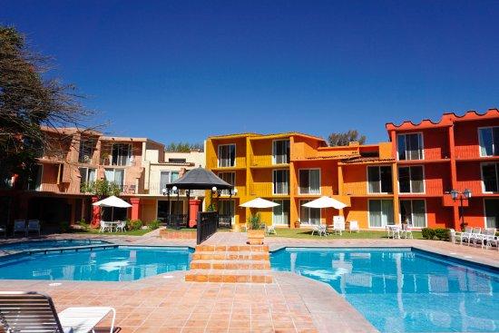 Real de Minas San Miguel de Allende: Tranquila área central a todas las habitaciones con agradable temperatura del agua