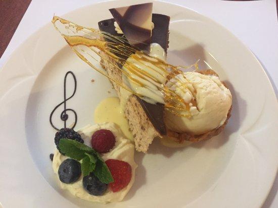 Park House Hotel: Beautifully presented dessert