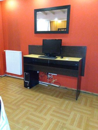 Ker Urquiza Hotel & Suites: IMG_20170825_204405348_large.jpg
