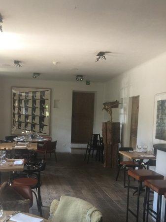 Afsnee, Belgia: Het restaurant binnen