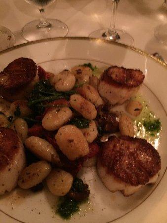 Whispers Restaurant: photo5.jpg