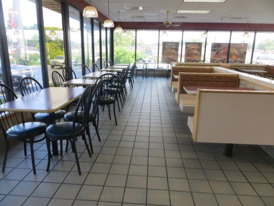 Seating in Arby's, Greenup, Kentucky. 06-22-2017.