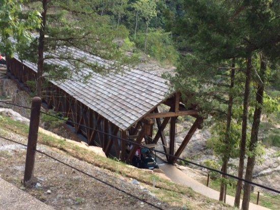 Ridgedale, MO: one of the wooden bridges