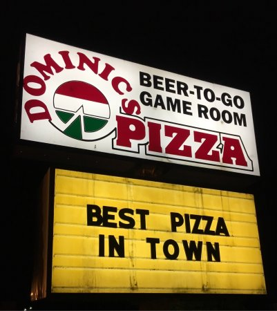 Pocono Lake, เพนซิลเวเนีย: The sign says it all ... best pizza in the area!