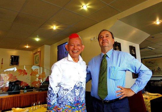 Bao Lin Xuan: Monsieur Hin Kwong Chan accueille le comte de Piémont-Sardaigne