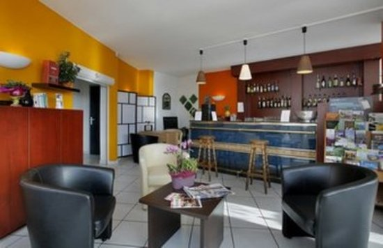 Inter Hotel Roanne Hélios : Bar