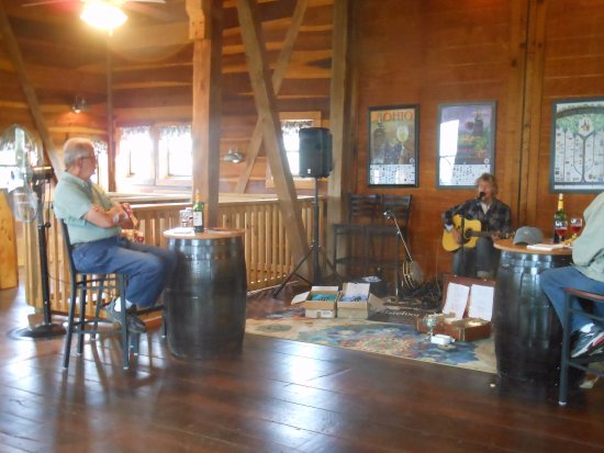 Newcomerstown, OH: Barefoot McCoy