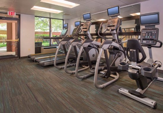 Courtyard Dulles Town Center: Fitness Center - Cardio