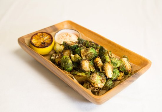 Courtyard Dulles Town Center: Crispy Brussels Sprouts