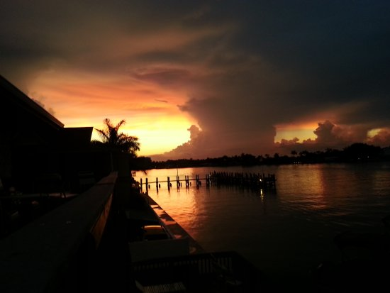 Marco Resort and Club: 20150621_203722(0)_large.jpg