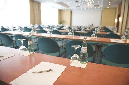 Radisson Blu Fuerst Leopold Hotel: Meeting Room