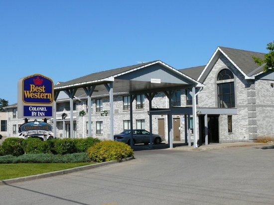 Smiths Falls, Canada: Hotel Exterior