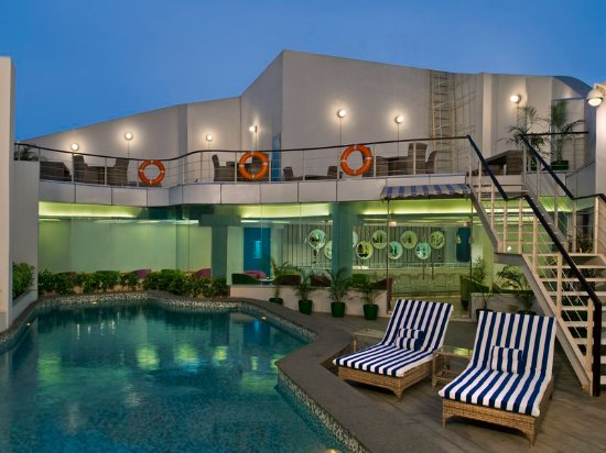 Swimming Pool Picture Of Park Inn By Radisson New Delhi
