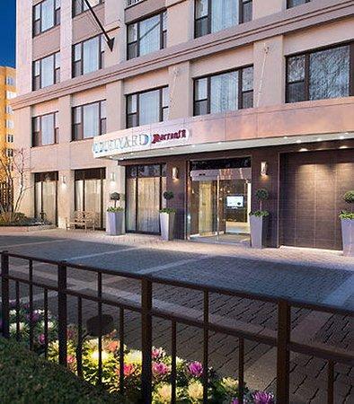 Courtyard Marriott  Rhode Island Avenue Washington Dc