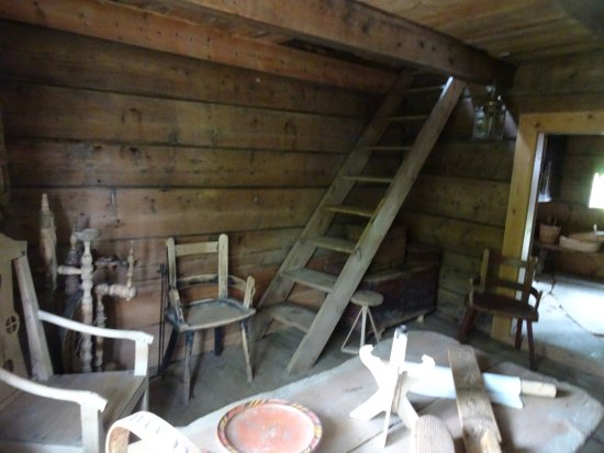 Sunnfjord Museum - Open Air Museum: Inside a farm building