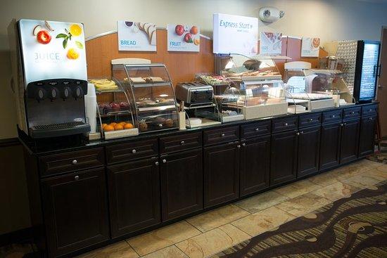 Northwood, Айова: Breakfast Bar