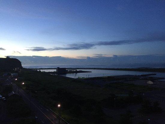 Asahi, اليابان: 朝焼けの海
