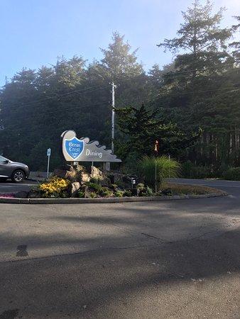 Ocean Crest Resort : photo1.jpg