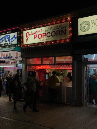 Johnson's Popcorn: photo0.jpg