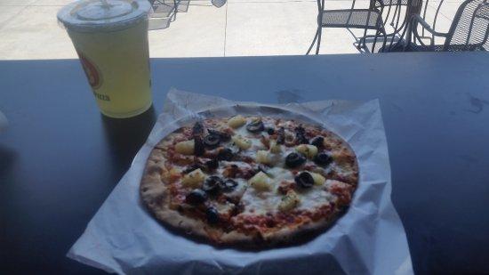 Ammon, ID: Pizza con l'ananas
