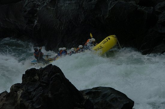 Interior Whitewater Expeditions - Day Tours: We all get wet