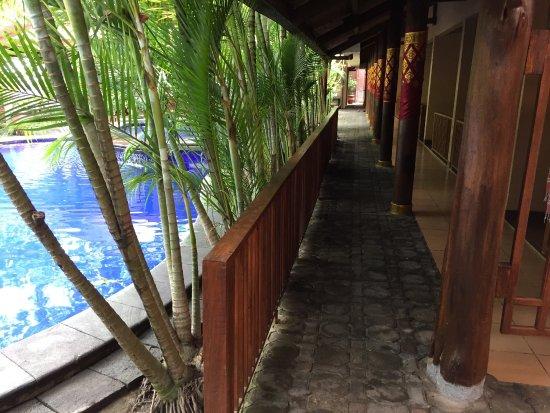 Nyiur Indah Beach Hotel : photo2.jpg