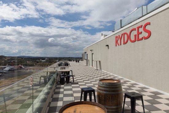 Rydges Mount Panorama Bathurst : Rooftop Terrace