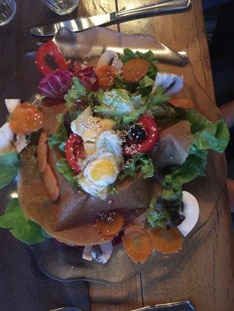 Sanilhac, France: salade (veg)