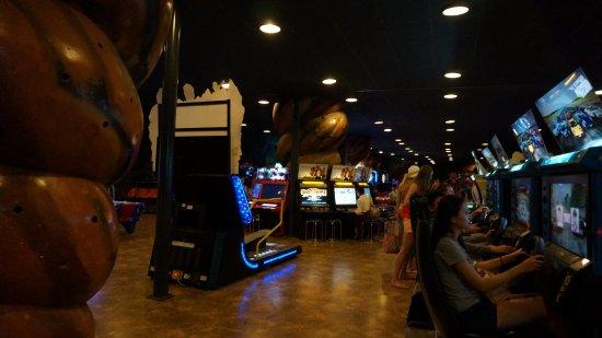 Игровые автоматы ночь развлечений игровые автоматы windjammer онлайнi