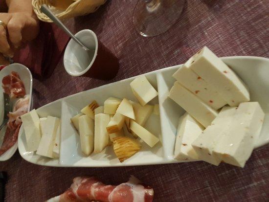 Bardineto, Italia: 20170826_210011_large.jpg