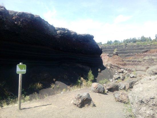 Volcan De Lemptgy Fond Du